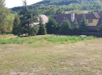 Na predaj stavebný pozemok v obci Melčice – Lieskové