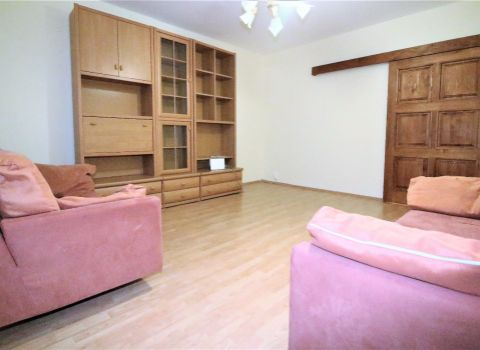 Na prenájom priestranný 3 izbový byt v tichej časti Dlhých dielov