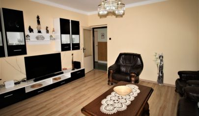Predaj – Výborný rodinný dom s pozemkom 893 m2 - vhodný na podnikanie, bývanie - Vajnory.INVESTÍCIA! TOP PONUKA!
