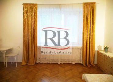 1,5 izbový byt v lukratívnej časti Bratislavy na ulici Palisády