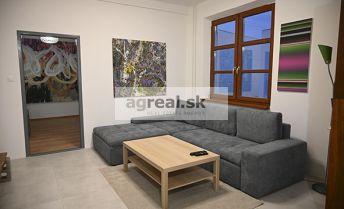 3-izbový byt na prenájom Dunajská ul., kompletná rekonštrukcia, Bratislava