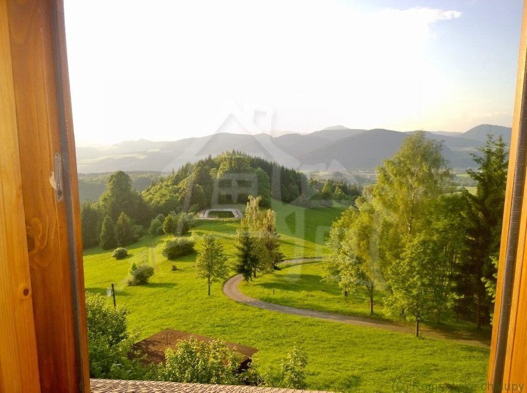 Chalupa na samote v horách Malej Fatry