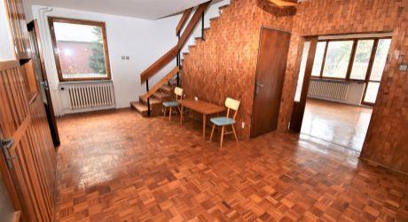 Na predaj 4 izbový rodinný dom s garážou, 395 m2, Dubnica nad Váhom, ul. Kpt. Nálepku