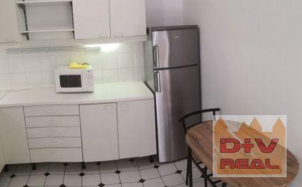 D+V real ponúka na prenájom: 2 izbový byt, Na Hrebienku, Bratislava I, Staré Mesto, zariadený, balkón, vyhradené parkovanie
