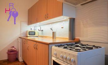 Prenájom 3i byt s loggiou, 3 samostané izby, Romanova ulica