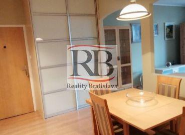 3 izbový byt v Petržalke na Viglašskej ulici
