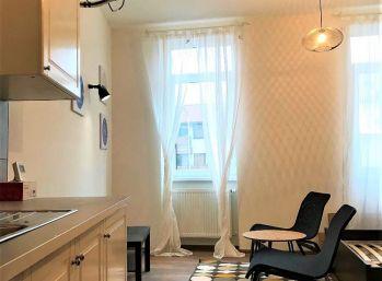 ***NA PRENÁJOM: Kompletne zariadený 1 izb. byt v CENTRE mesta Malacky!!