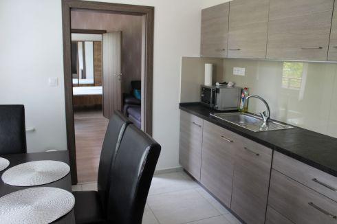 Predaj 3-izbový byt Hájik