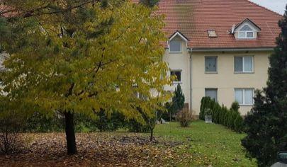 Príjemný, veľký  3 izbový byt v centre obce Lehnice - predaj