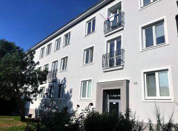 ***TOP PONUKA: Komletne zariadený 3 izb. byt v CENTRE mesta Malacky!!!