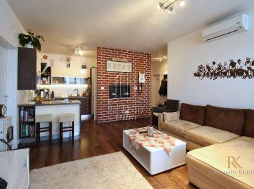 REZERVOVANÉ - 4 izbový byt v novostavbe v Rovinke na ulici Agátová s terasou a parkovacím státím
