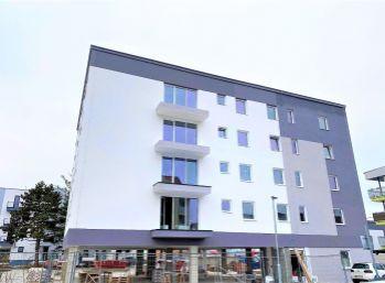 ***BYTY PÁNSKE II. - Slnečný 2 izb. byt s balkónom o výmere 4,54 m2 v ŠTANDARDE na ul. Cesta Mládeže v Malackách!!