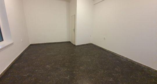 30 m2 OBCHODNÝ PRIESTOR V SENCI, LICHNEROVA UL.