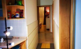 Vymením 4 izbový byt na Klokočine za 2 izbový v centre mesta NR !