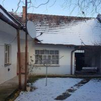 Rodinný dom, Naháč, 228 m², Pôvodný stav