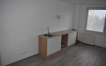 Ponúkame na predaj LUXUSNE zrekonštruovaný 3 izbový byt v Žiline - Vlčince