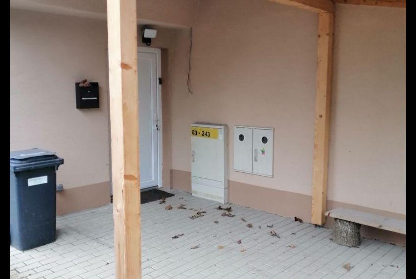 Predaj 3 izbový byt Želiezovce-6