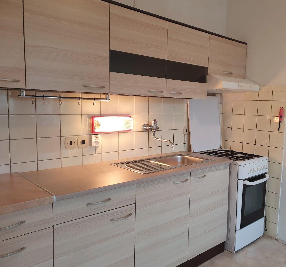 Iný-Predaj-Bratislava - mestská časť Dúbravka-158000.00 €