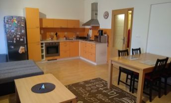 Na prenájom kompletne zariadený 2 izb byt v novostavbe na Východnej ul. Trenčín.