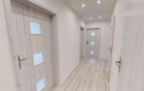 Na predaj 3-izbový byt po kompletnej rekonštrukcii na ul. Novomeského v Trenčíne, sídlisko Juh.
