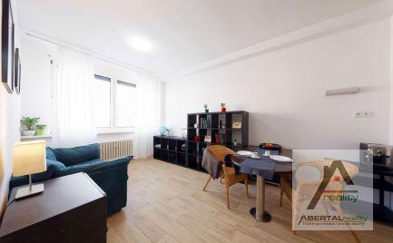 Rezervovaný - predaj 2 izbový byt v novostavbe s parkovaním na Kramároch