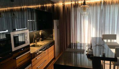 Predaj kompletne  zariadeného 2 izb. bytu s balkónom- Dunajská Lužná