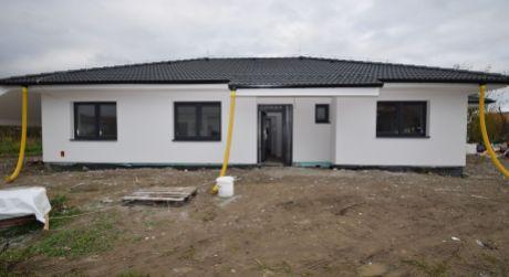 NOVOSTAVBA 4 izb. bungalov /148,50 m2/ Ivanovce