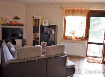 3 izbový byt s balkónom v širšom centre Lučenca