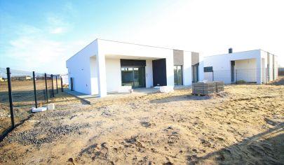 SORTier s.r.o. NOVOSTAVBA v štandarde - moderné bývanie - tesne pred dokončením