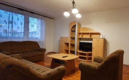 Ponúkame Vám na prenájom zariadený veľký 3 izbový byt Nitra, Akademická ul.
