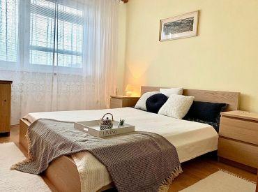 PREDANÝ 4 izbový byt Bratislava - Dúbravka