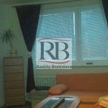 3- izbový byt na Drobného ulici v Dúbravke