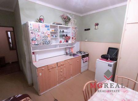 1 izbový byt Topoľčany centrum