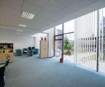 Exkluzívne kancelárske priestory / showroom na prenájom