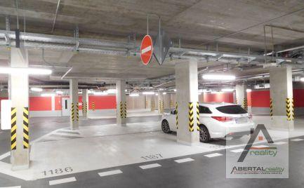Ponúkame na prnájom  garážové státie v Bratislave - Staré Mesto