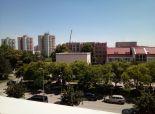 PRENAJATÉ  – exkluzívny 2 - izbový byt so šatníkom, terasou a garážou v novostavbe v absolútnom centre  SENCA