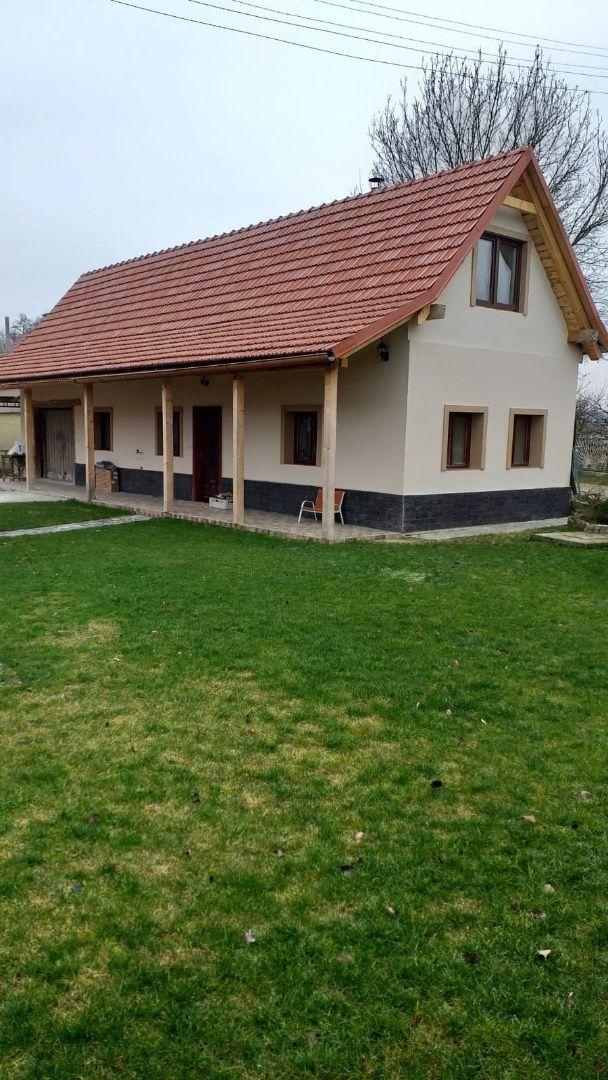 Rodinný dom-Predaj-Krásna Ves-115000.00 €