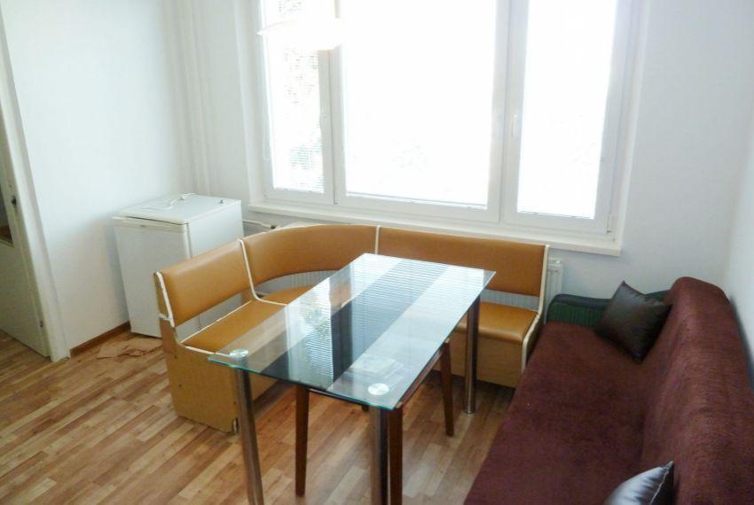 Prenájom 1 izbový byt Lučenec-2