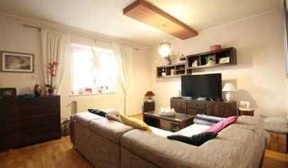 SORTier s.r.o. Predaj 4 izbový zrekonštruovaný rodinný dom v obci Záhorská Ves.