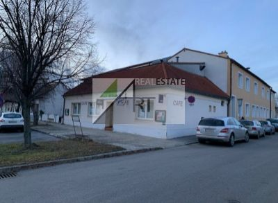 PREDAJ – Rakúsko – Frauenkirchen – dom vhodný na rekonštrukciu 175 m2