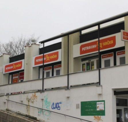 StarBrokers – PRENÁJOM: obchodné priestory 560 m2 v nákupnom centre Kempelenova ul., Karlova Ves Bratislava