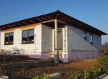 --PBS-- ++NOVOSTAVBA BUNGALOV 4+1 s pozemkom o výmere 467 m2, Suchá nad Parnou - Vlčia dolina++