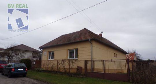 Na predaj 3 izbový rodinný dom 1101 m2 Bystričany okres Prievidza 79106