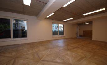 Obchodno-kancelársky priestor o výmere 91,43 m2 Skalná ulica - centrum, parkovanie
