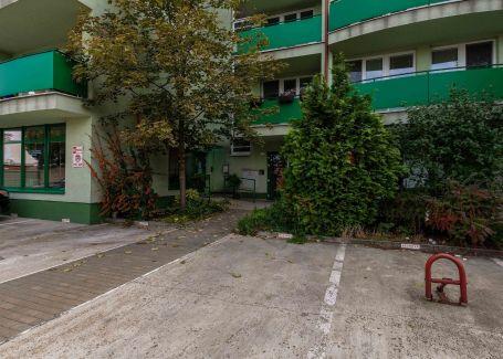 Vonkajšie parkovacie státie na Predaj, Vrútocká ul. Bratislava