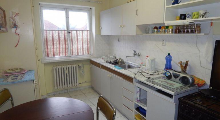 Na predaj 2- izbový byt, 61 m2, Prievidza, Staré Sídlisko