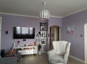 Predaj 4- izb. byt s balkónom v centre mesta Senec na Nám. 1. Mája.