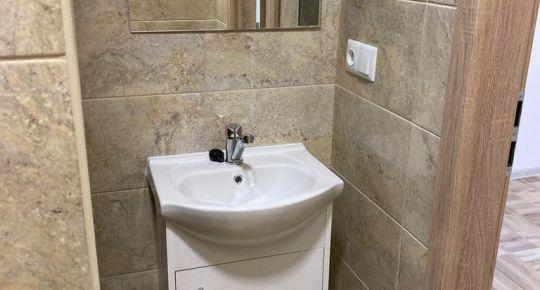 Na prenájom 3 izbový byt 64 m2 kompletná rekonštrukcia Handlová 70002
