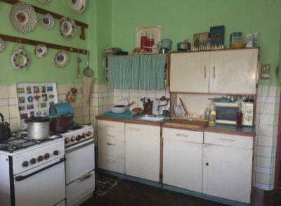 Areté real, Predaj priestranného 6-izbového rodinného domu v blízkosti centra mesta Pezinok