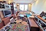 Priestranný 2 izbový byt Dubnica nad Váhom, rekonštruovaný, klimatizovaný, zariadený, 64 m2